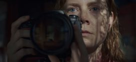 La donna alla finestra: recensione del film di Joe Wright, con Amy Adams, Gary Oldman e Julianne Moore